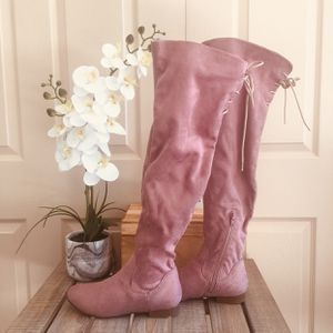 Pink above knee slouch boots US 7 GUC for Sale in Brooks, OR