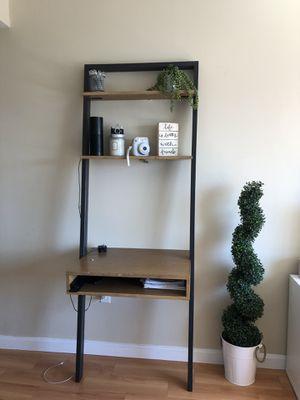Ladder Shelf Desk for Sale in Cambridge, MA