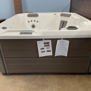 Hot Tub for Sale in Placentia, CA