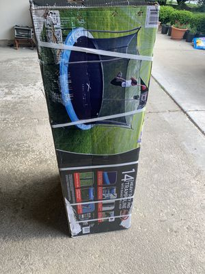 Propel trampoline 14 ft heavy duty with basketball hoop for Sale in Addison, IL