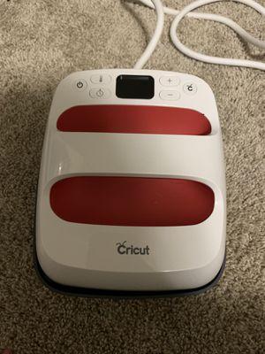 Cricut easy press 2 6x7 for Sale in San Antonio, TX
