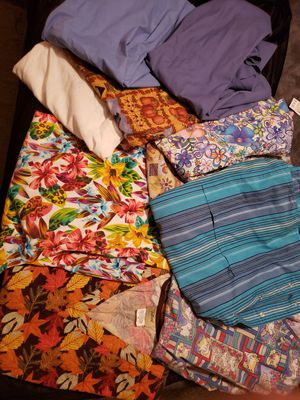 10 pairs of designer scrub tops 2x. In great condition. Some never worm for Sale in Meriden, CT
