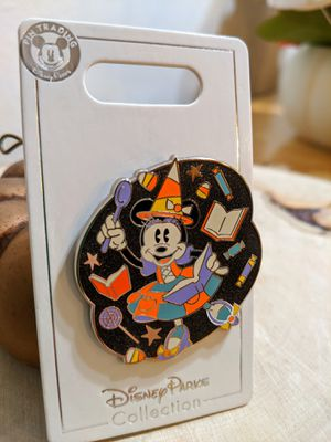 New Disney Parks Minnie Mouse Halloween Pin for Sale in San Jose, CA