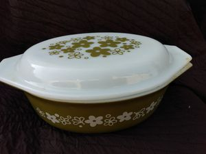 Vintage pyrex dish with matching lid for Sale in Prairie Village, KS