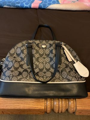 Medium Coach Purse for Sale in Ballwin, MO