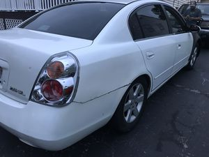 2004 Nissan Altima 2.5L for Sale in Rockville, MD