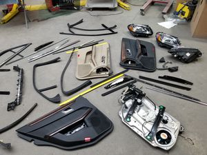 Mercedes E350 and C300 parts for Sale in Harwood Heights, IL