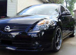 Great Shape. 2007 Nissan Altima SE FWDWheels for Sale in Atlanta, GA
