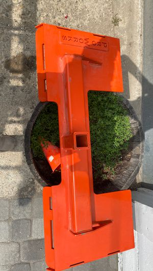 Kabota skid steer trailer hitch for Sale in Wenham, MA