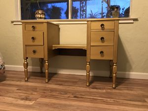 Antique gold Vanity, no mirror *please see all pics* (Pick up Only!) for Sale in Parlier, CA