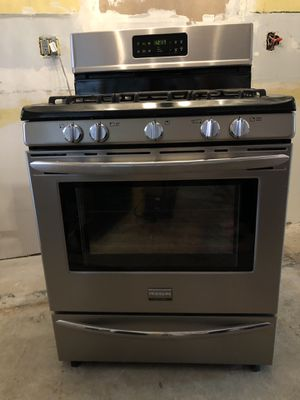 Stainless Steel Gas Stove for Sale in Manassas, VA
