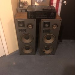 Speakers And Receiver for Sale in Simpsonville,  SC