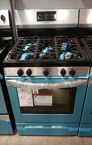 ***NEW Frigidaire- Stainless Steel 5 Burner Gas Stove Oven 1 Year Manufacturer Warranty for Sale in Gilbert, AZ