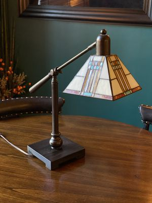 Antique Tiffany Table Lamp for Sale in Pasadena, CA