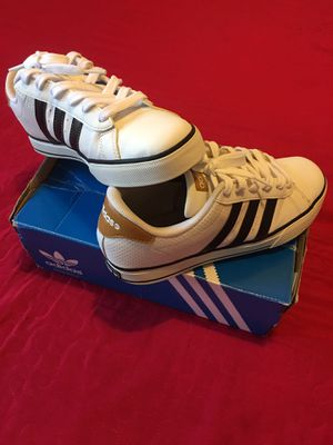"""Authentic """" Adidas"""" Sport -Vibe Touch Genuine Leather -Confort Design-3 Stripes for Sale in Los Angeles, CA"""