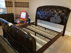 King size Master Bed for Sale in Stafford, TX