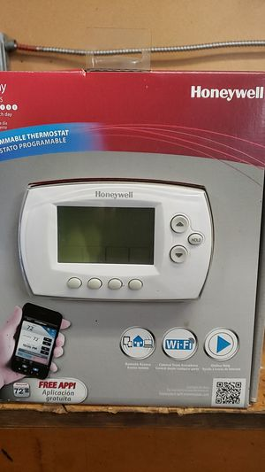 Honeywell programmable thermostat, New in box for Sale in Grapeview, WA