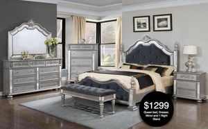 Queen bed dresser mirror one night stand for Sale in Hialeah, FL