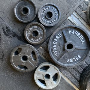140lb Olympic weight set-mix matched for Sale in Parker, CO