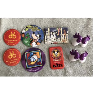 8 pc Disney collectible lot - button / pin back + mr mrs potato head eyes + UDC for Sale in Irvine, CA