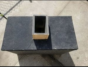 Subwoofer Box For Two 12's for Sale in Brooklyn, NY