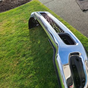 2020 Ram 2500 0r 3500 Front Bumper And Tow Hooks for Sale in Puyallup, WA