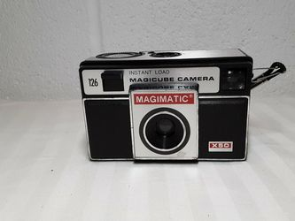 Vintage Magimatic X50 Magicube 126 instant load Camera with case Imperial Camera for Sale in Columbus,  OH