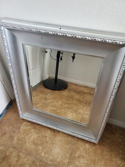 Mirror for Sale in Fowler,  CA