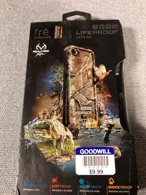 FRE lifeproof case for iPhone 5/5s, camouflage for Sale in Dearborn, MI