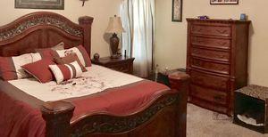 Queen bedroom suite for Sale in Lizella, GA
