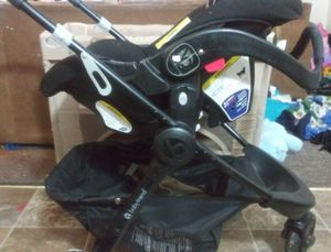 Baby Trend 3 in 1 stroller and carseat for Sale in Pueblo West, CO