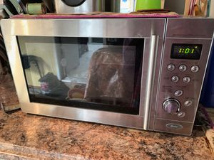 Oster Microwave & Grilling Oven for Sale in Stockton, CA