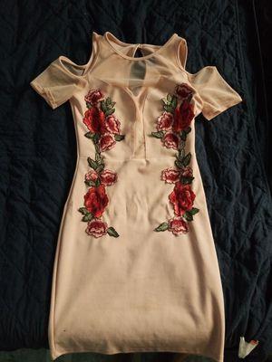Elegant pink dress size M for Sale in Harvey, IL