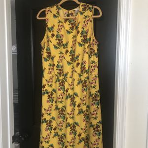 Yellow Floral Dress, LIKE NEW! for Sale in Baltimore, MD