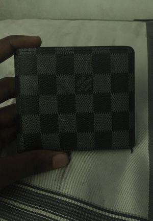 LV wallet brand new for Sale in Lithia Springs, GA