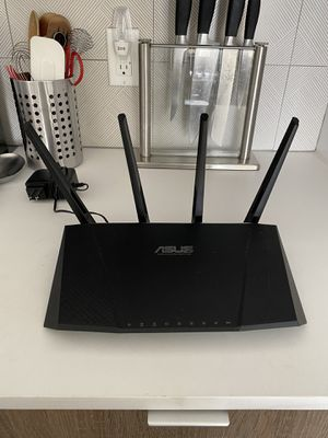 ASUS RT-AC87U Dual Band Gigabit WiFi Router for Sale in Los Angeles, CA