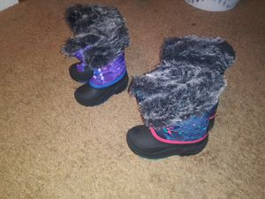 Girls winter boots for Sale in Garfield Heights, OH