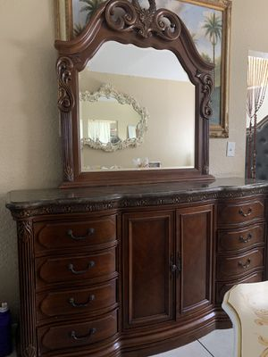 Dresser with mirrors marble for Sale in Miami, FL