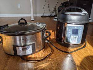 Instant Pot (Mealthy Pot) and Crockpot for Sale in Camas, WA