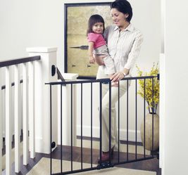 """Toddleroo by North States Easy Swing and Lock Baby Gate, 28.68''-47.85"""" Wide, Matte Bronze for Sale in Los Angeles,  CA"""