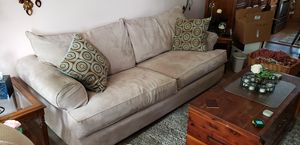 FREE !! .. Sofa Bed Couch .. for Sale in Columbus, OH