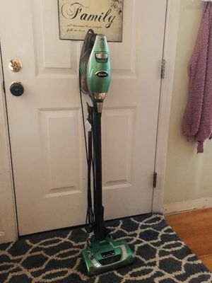 Shark rocket vacuum for Sale in Townsend, MA