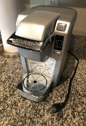 KUERIG K15 COFFEE MAKER SILVER COLOR $25 PERFECT FOR COUPLES OR SINGLES for Sale in Graham, NC