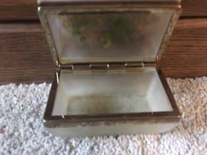 Antique flowered glass box with gold hinges. In wonderful condition for Sale in Wichita, KS