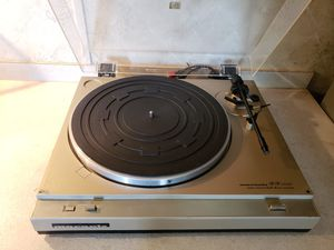 Vintage Marantz Auto Return Belt Drive Turntable for Sale in Needville, TX