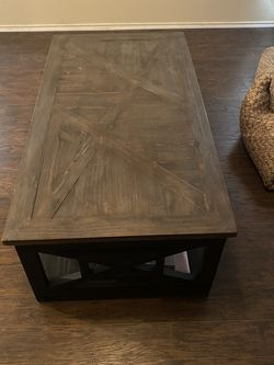 Coffee Table And Matching Entry Table for Sale in Leander,  TX