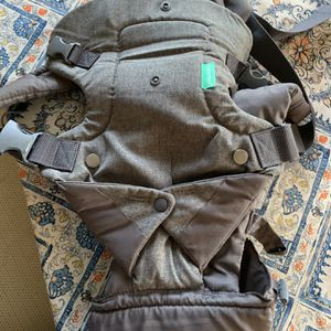 Infantino Baby Carrier Brand New Never Used for Sale in Danvers, MA