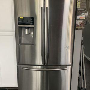Samsung Refrigerator for Sale in Stockton, CA
