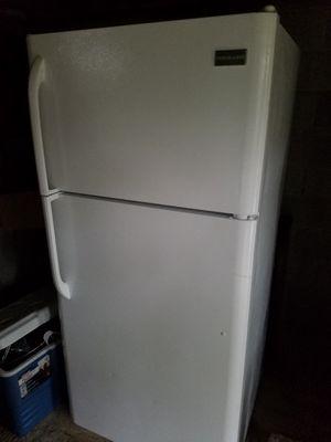 Refridgerator for Sale in Eastman, GA