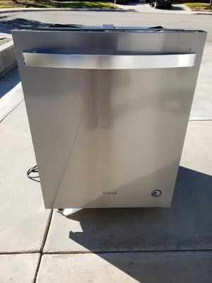 Like New / Whirlpool Dishwasher for Sale in Palmdale, CA